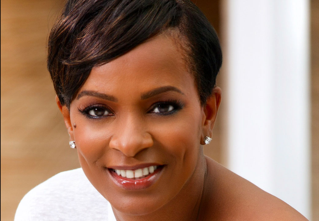 """Tolucan Times Review: Vanessa Bell Calloway Reveals the """"Cosmic Zora"""""""